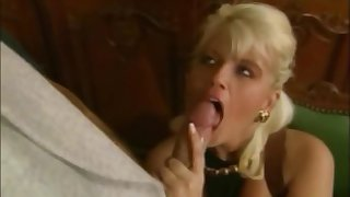 Carolyn Monroe Selection scenes