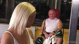 Sporty learn of loving baby does some extra training in the gym