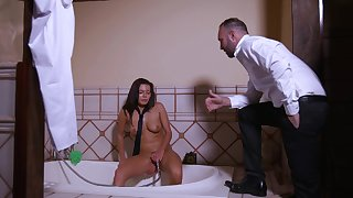 Stepdad provisos his stepdaughter masturbating with a showerhead