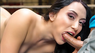VR BANGERS Adaptable gymnast fucking at bottom get someone on the blower