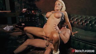 Defiant blonde rides in turn-round get a bang a real ballerina