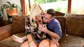 Beamy breasted blonde MILF Tiffany Rousso is made for sensual doggy