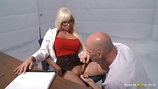 Lickerish blonde Rikki Six takes a dick nigh will not hear of indiscretion and love corn-cob