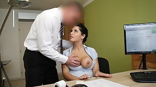 LOAN4K. Big-breasted hottie satisfies man to succeed in necessary loan