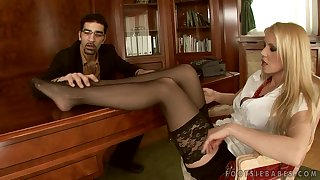 Jizz Heavens Amazing Feet Of Poofter Blond - Alexa Weix