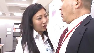 Quickie fucking in dramatize expunge situation with adorable secretary Mizuki Miri
